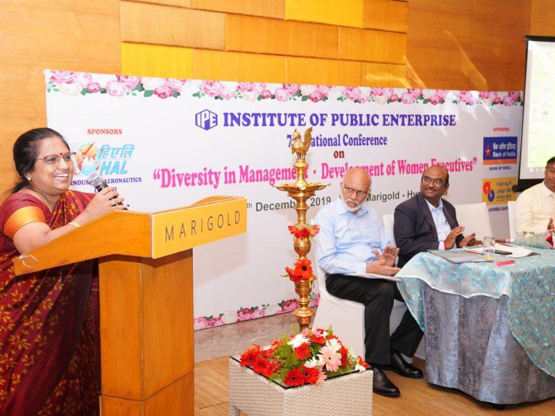 Ms. Swarna Sankaran, ED(Fin), ECIL addressing the participants