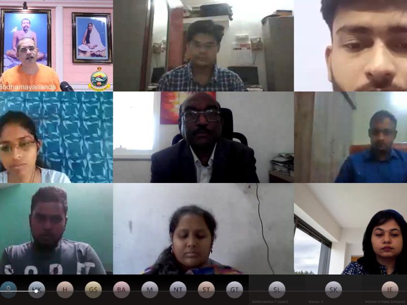 Students with Swami Bodhamayananda